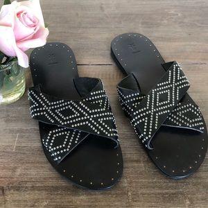FRYE Ally Deco Stud Criss Cross Slide Sandal,💓
